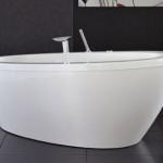 The 4Life Silence Bath Tub By NOA