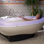 Modern Automatic Dulce Bathtub From Stas Doyer