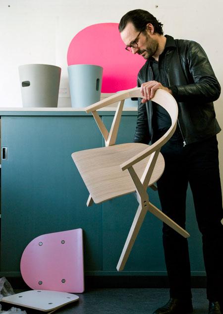 B-chair