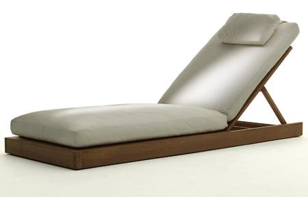 Carbon Chaise