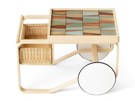 Gorgeous Classic Artek Tea Trolley 900 in Landscape