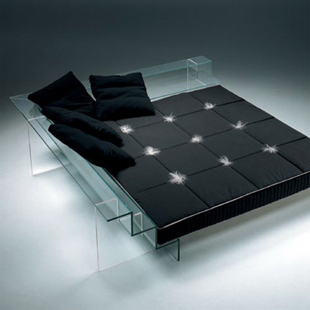 Glass bed by italian studio santambrogio milano modern for Unique design milano