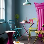 Retro Styling And Bold Colors For A Spring/Summery Ambiance To Your Home