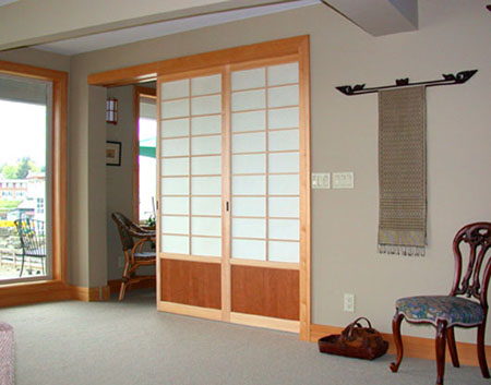 Japanese sliding door your contemporary door for your for Puertas japonesas deslizantes