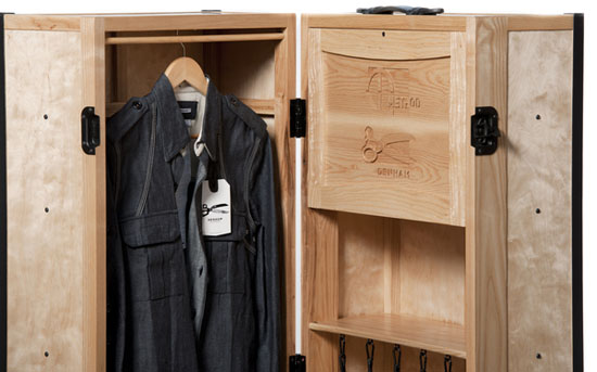 Journeyman Steamer Trunk
