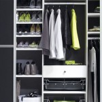 Enjoy Modern Walk In Wardrobe Designs With The Manhattan Closets 