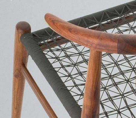 Ngunis Chair