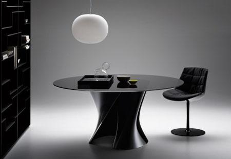 S Table Black
