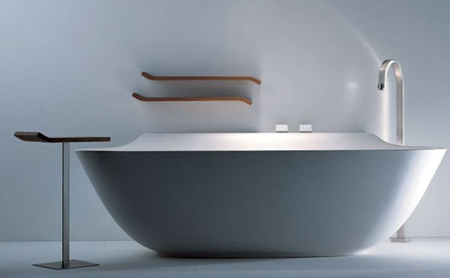Scoop Bathtub