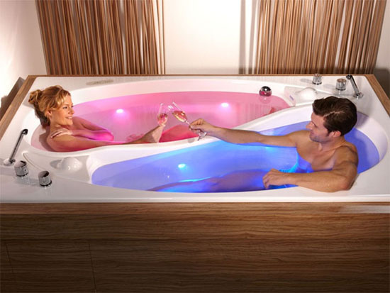 Yin Yang Couples Bathtub - Top 10 unique bathtubs