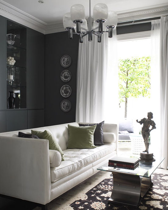 Charcoal Gray Living Room - Top 20 Black and White Décorating Ideas to Inspire You