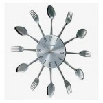 Accentuate Your Dining Area By Installing Verichon Metal Fork And Spoon Clock